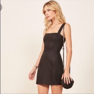 Reformation Black Brigitte Linen mini Dress SZ 4